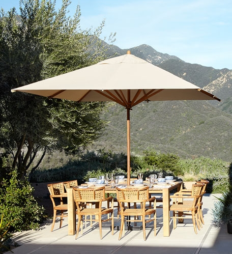The Levante 10' Square Center Pole Umbrella provides the perfect shade solution for a large dining table. Available in a variety of colors!