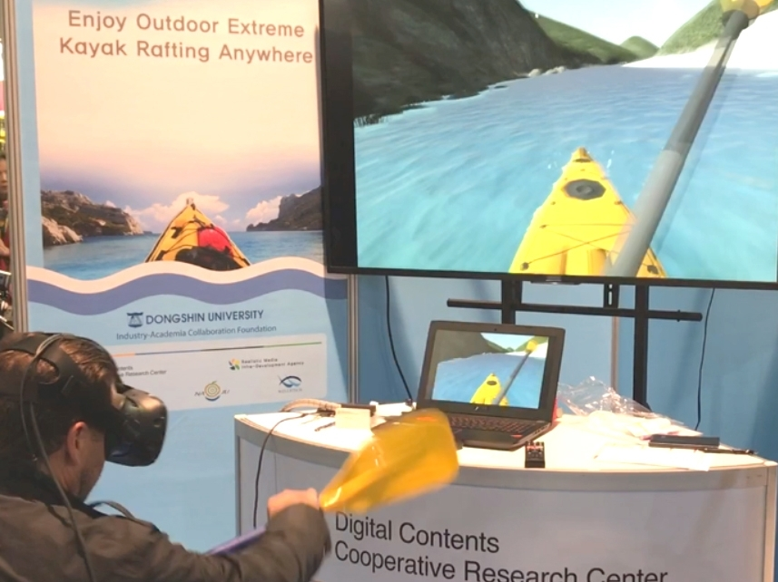 Canoe VR.jpg