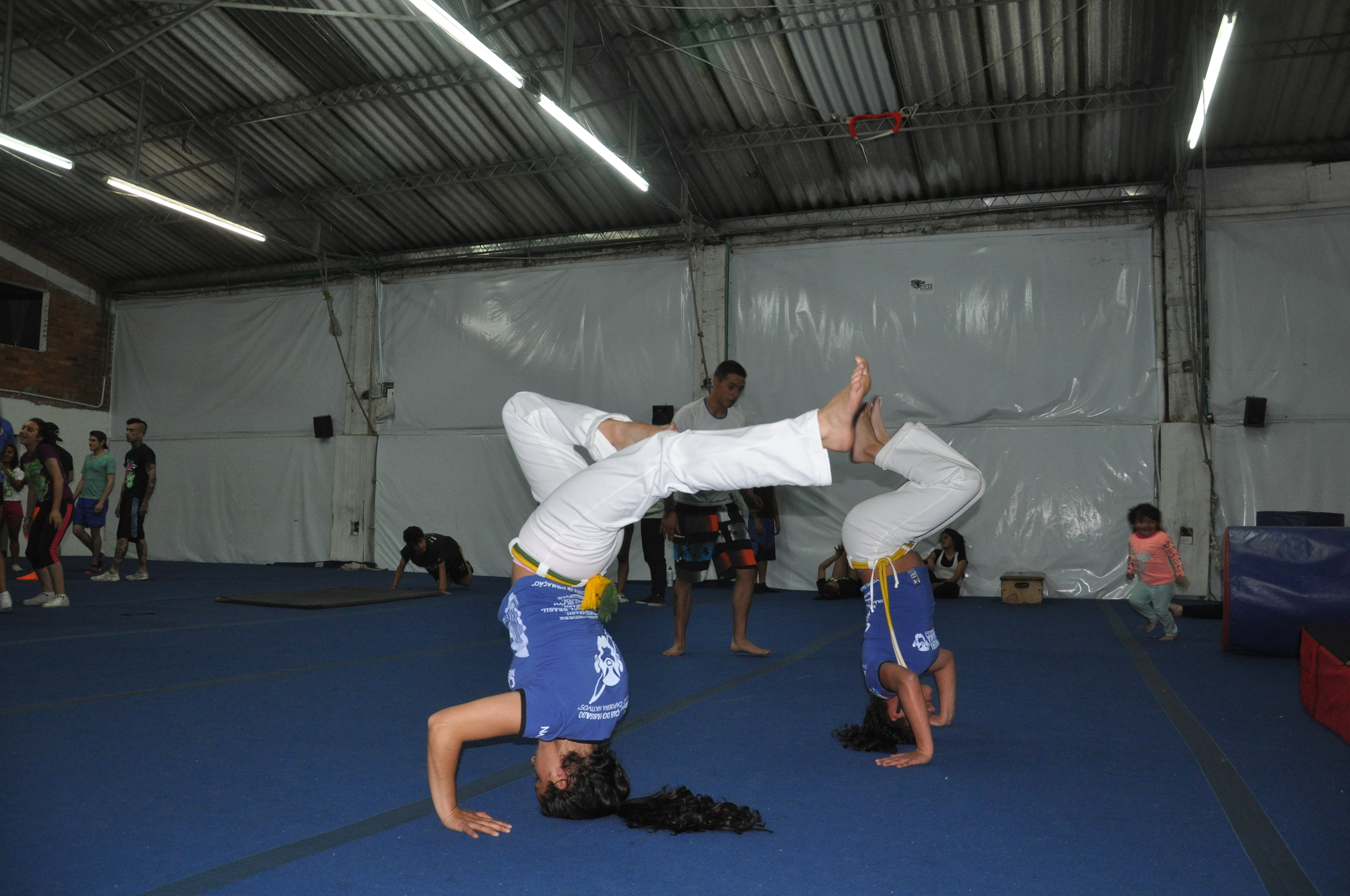 "Tatiana ""Arauna"" and Valentina ""Canela"", who are among our most advanced participants, show us some of their moves."