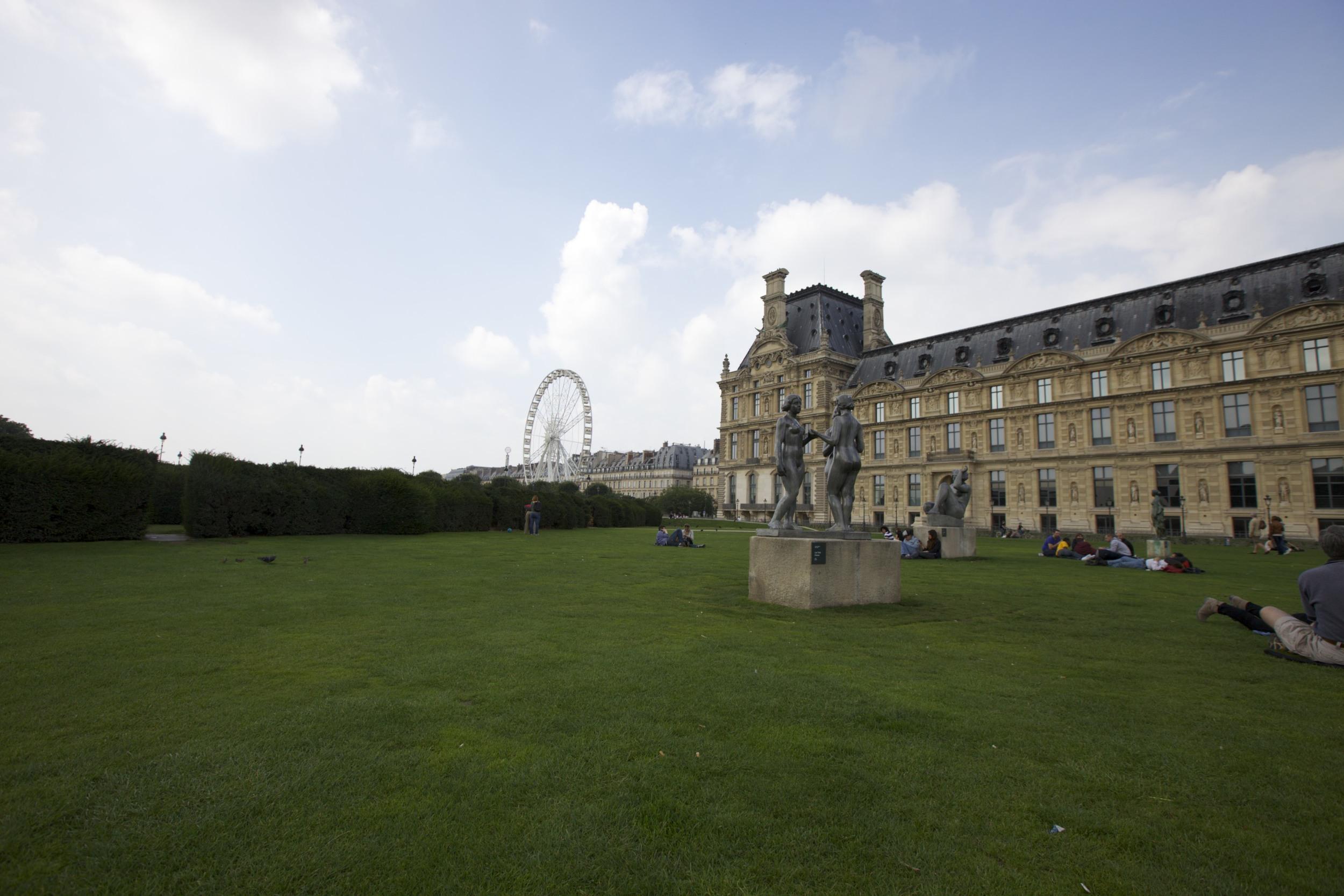 Relaxing near Le Louvre.