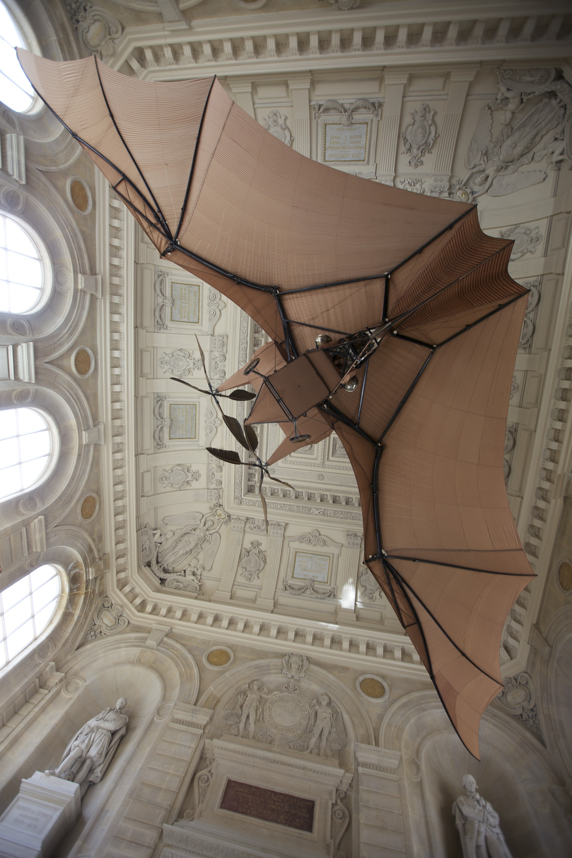 Awesome flying machine at the Musée des Arts et Metiers.