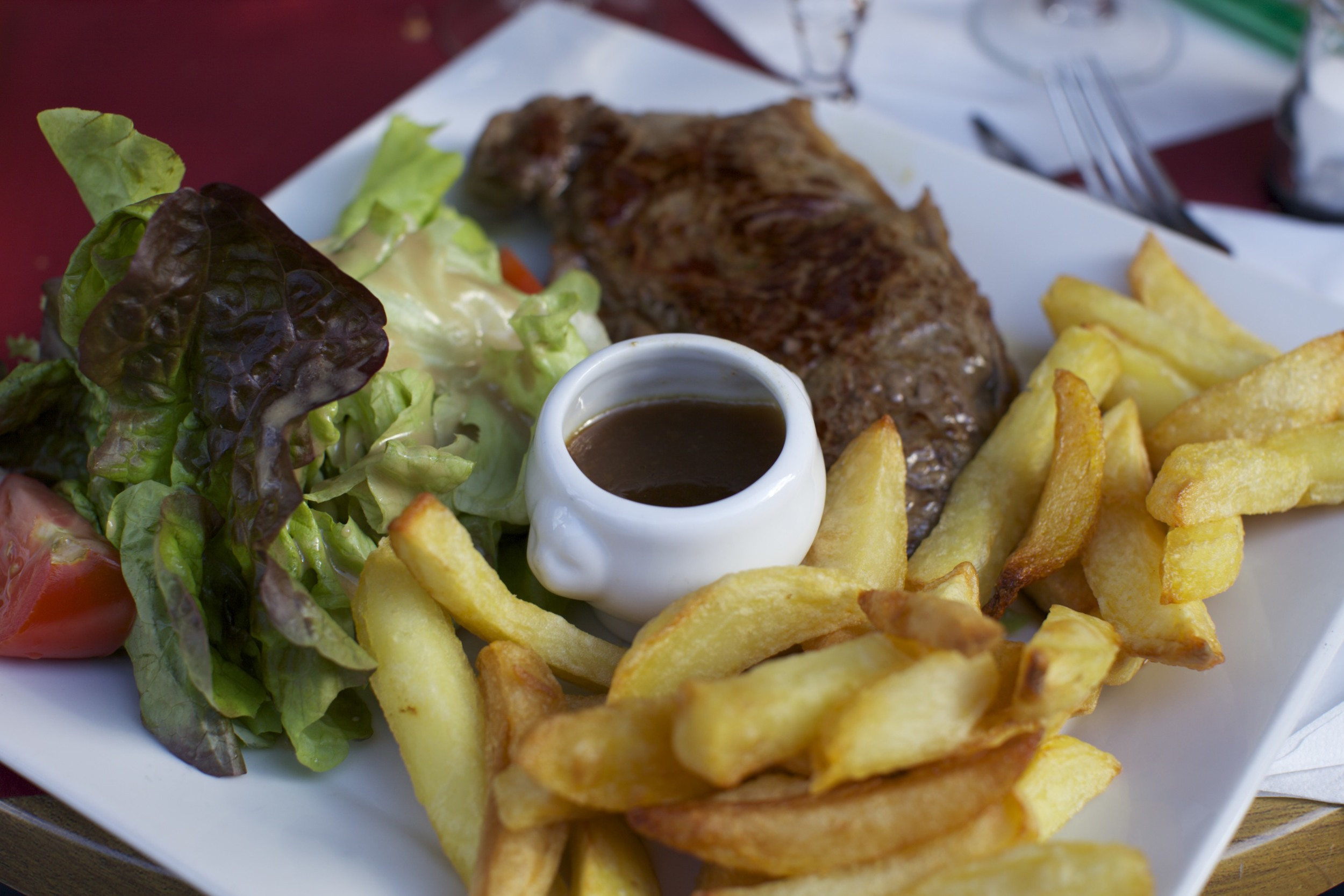 A good meal near Père Lachaise Cemetery.
