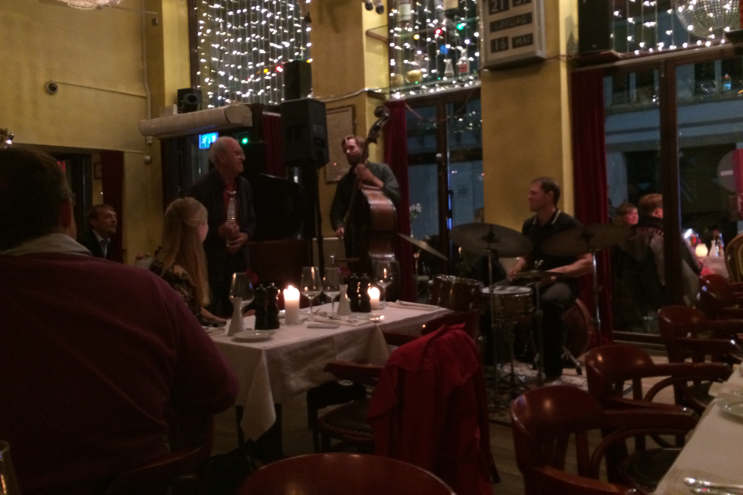 We got coffee after dinner and stumbled upon this jazz group and then someone Simone tells me is a very famous Danish children's television presenter (think Danish Mr. Rogers) rose from his table and joined in, playing a metal necktie.