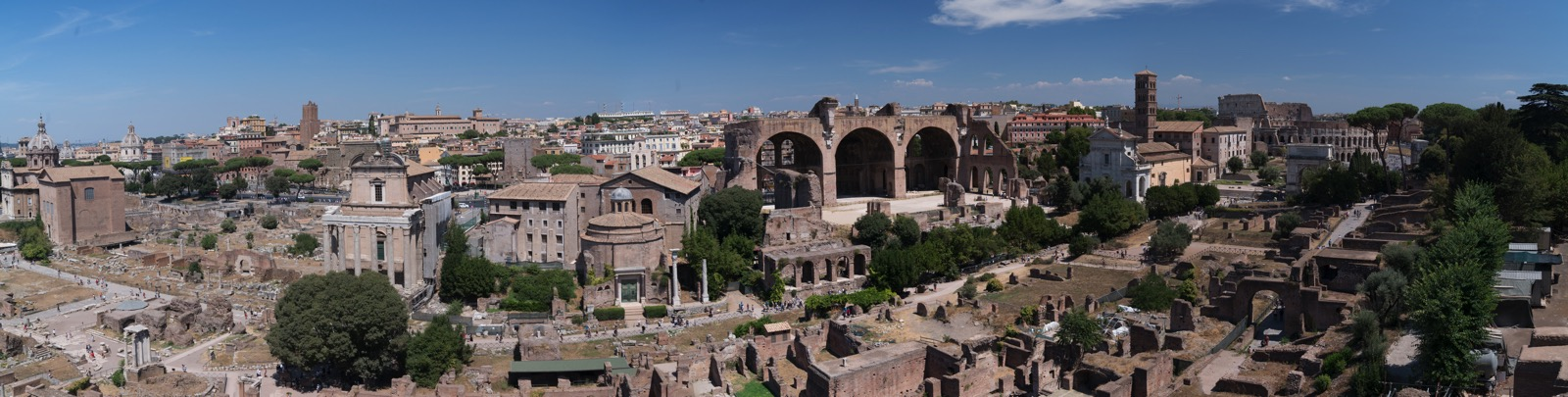The Forum and the Colosseum as viewed from the Palatine Hill. (  Rome, Lazio, Italy.)