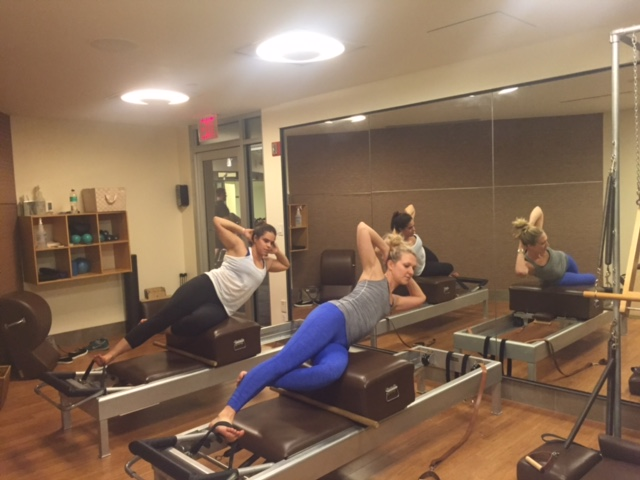 These girls make side sit-ups look easy!