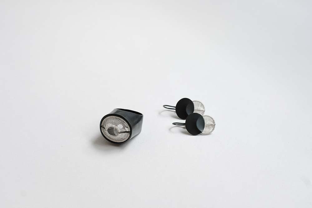 UMGARNT  Rings and Earrings | Silver, silk thread