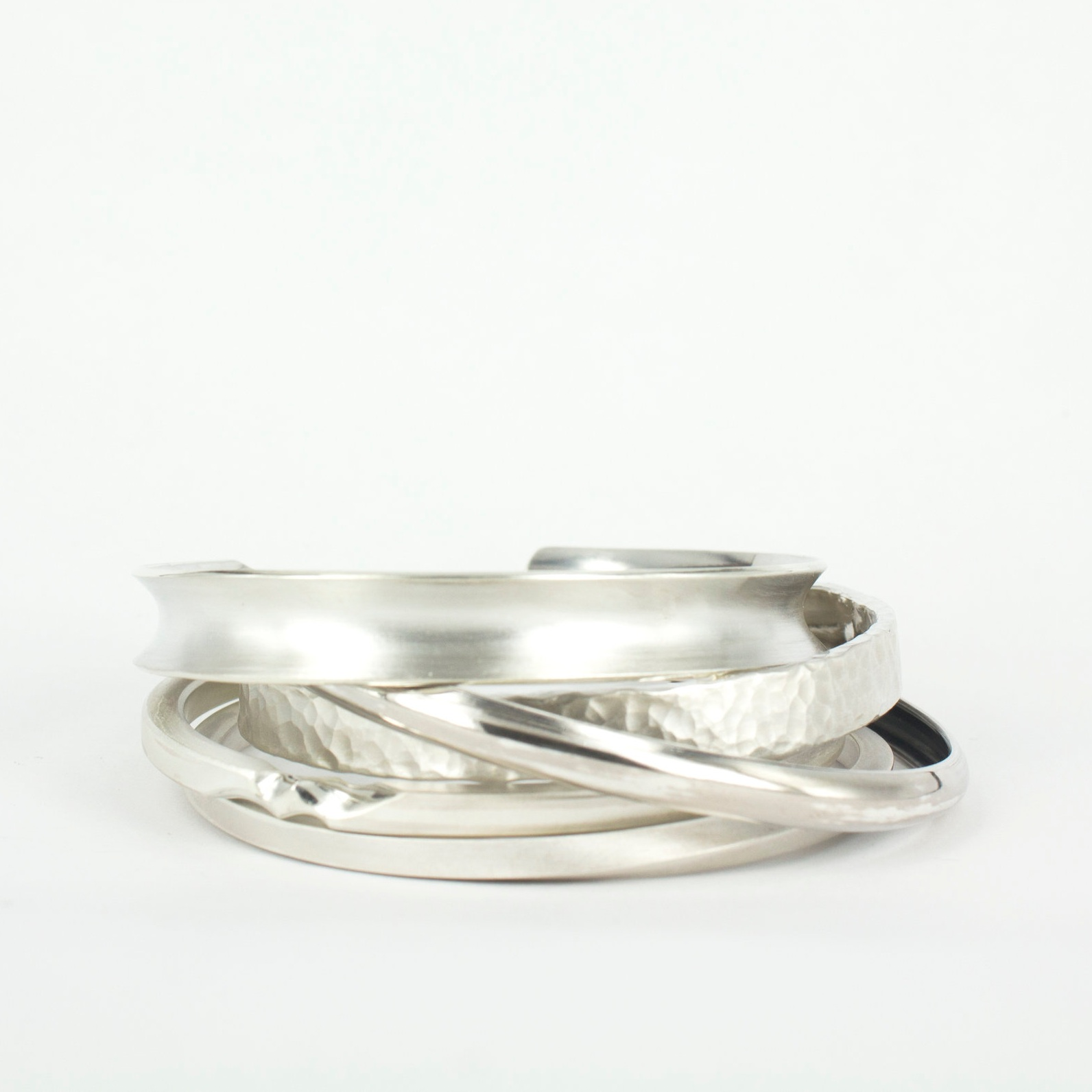 Silver Bangle Workshop - We are also offering 10% discount on our courses for groups of 2 people or more (max. 4 people)What are you waiting for? Grab a friend and bring them over for some new hobby!Summer discount code: Try new hobby with your loved one