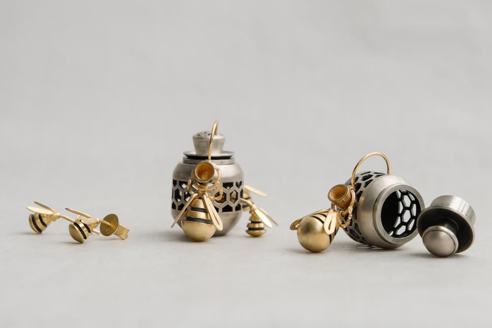 Bee ring group.jpg