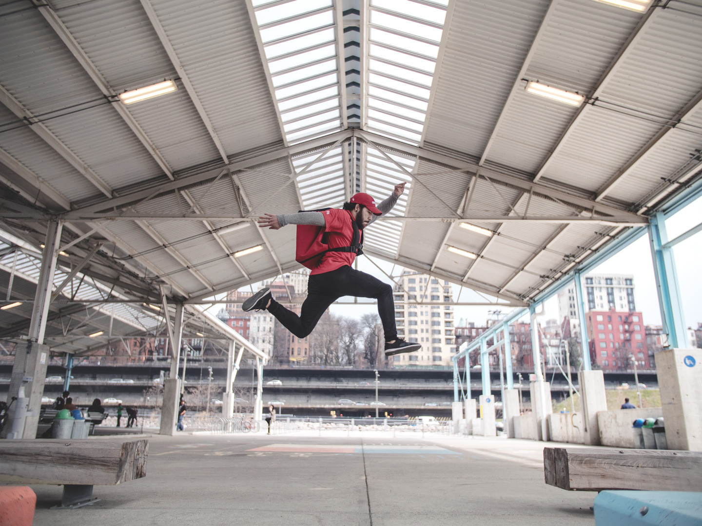 Mike-Araujo-Parkour-Seamless-Grubhub-New-York-NYC-Steve-Zavitz-NY-Freerunning-Brooklyn