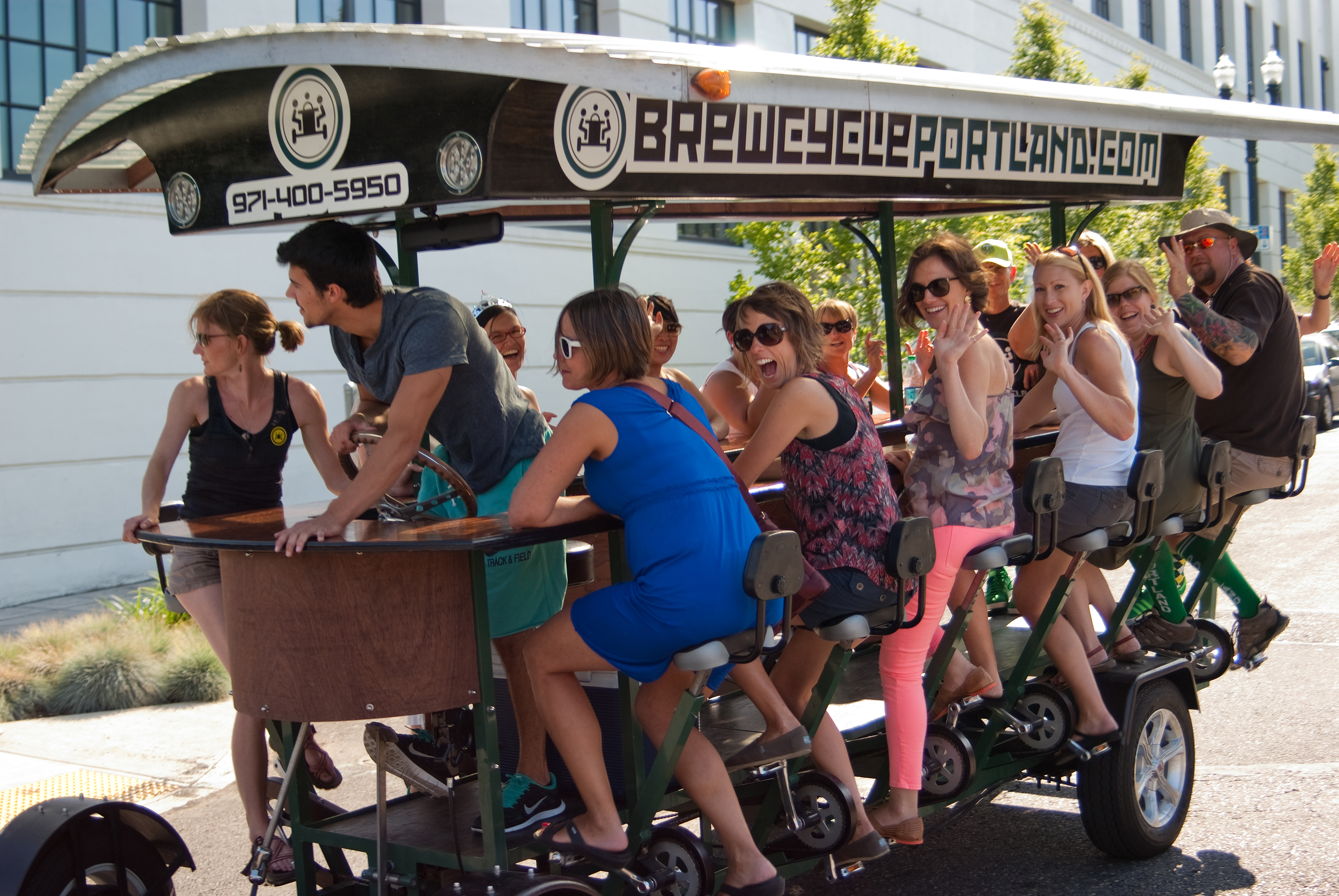 BrewCycle offers themed pub crawls, including a dive bar route. Image courtesy of Travel Portland.