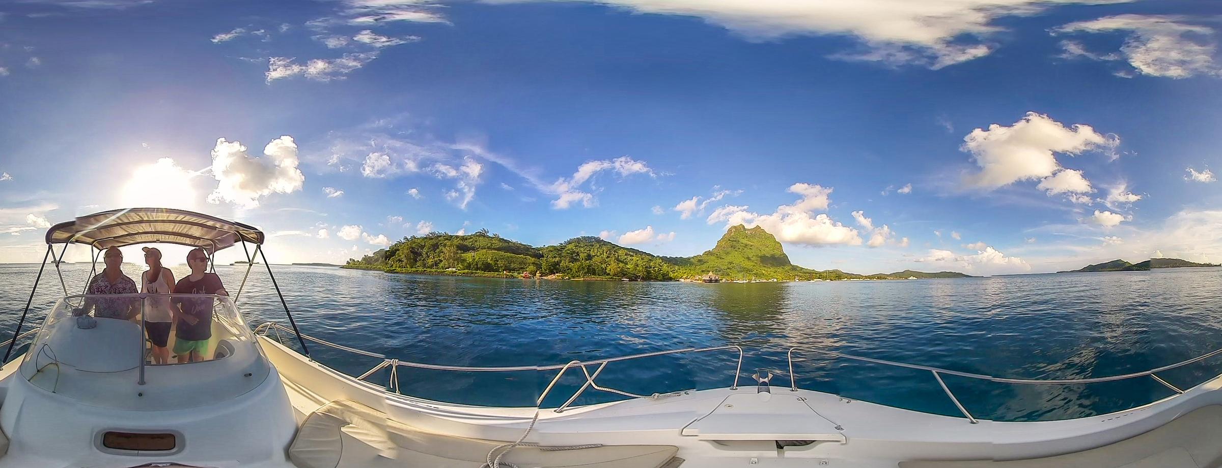 Take-The-Ride-VR_TahitiVR_Boat_2400px.jpg