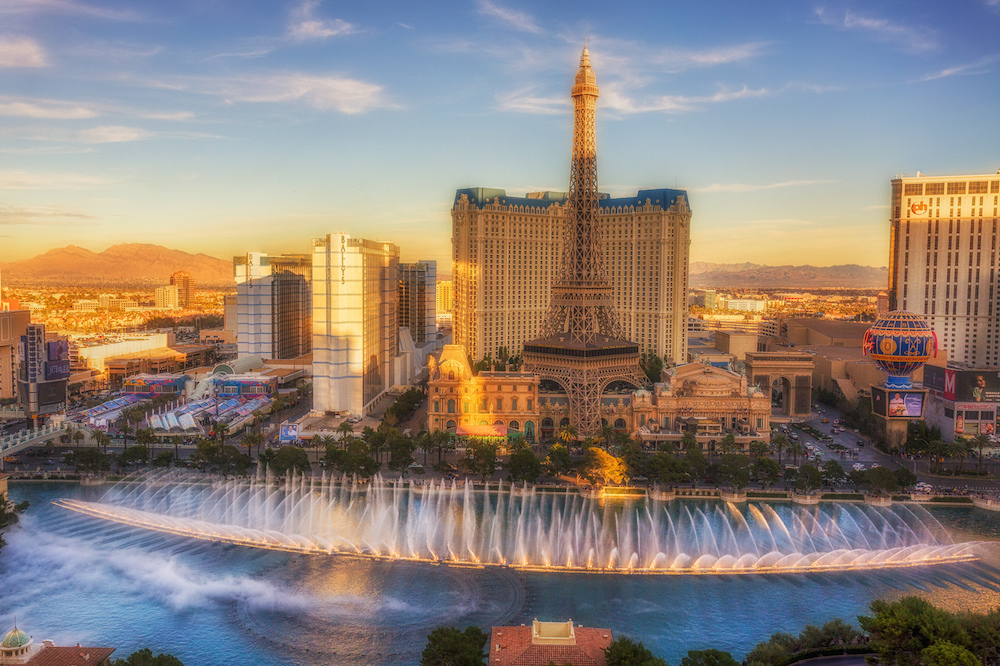 Bellagio Resort & Casino. Image courtesy of  Matthew Paulson .