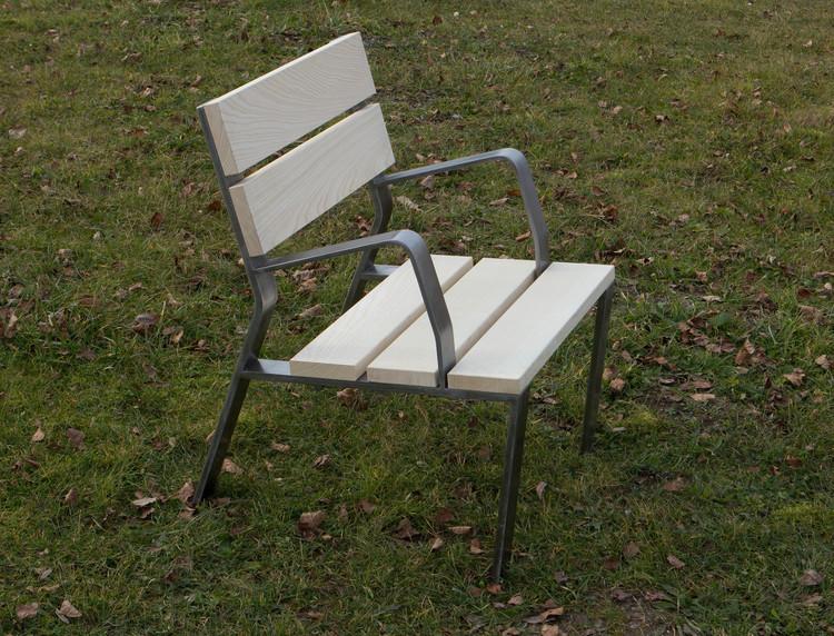 EPI bench/ 600 mm / flat steel / wood natural ash