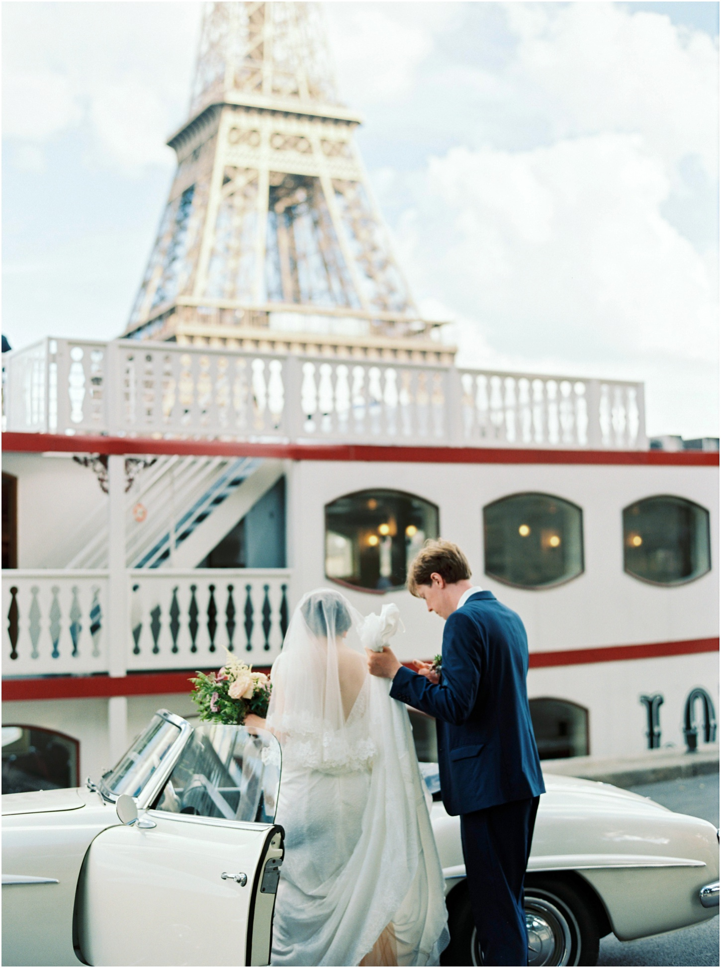 6 Tips for Finding Your Destination Wedding Photographer