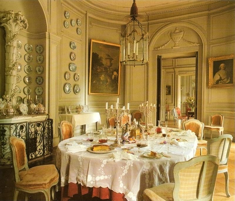 Chateau_de_Montgeoffroy_0