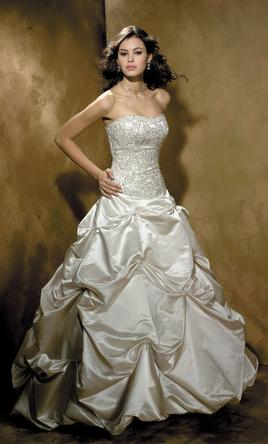 Allure-Ball-Gown-8329-Diamond-White-in-between-bright-white-and-ivory-2007-85512.jpg