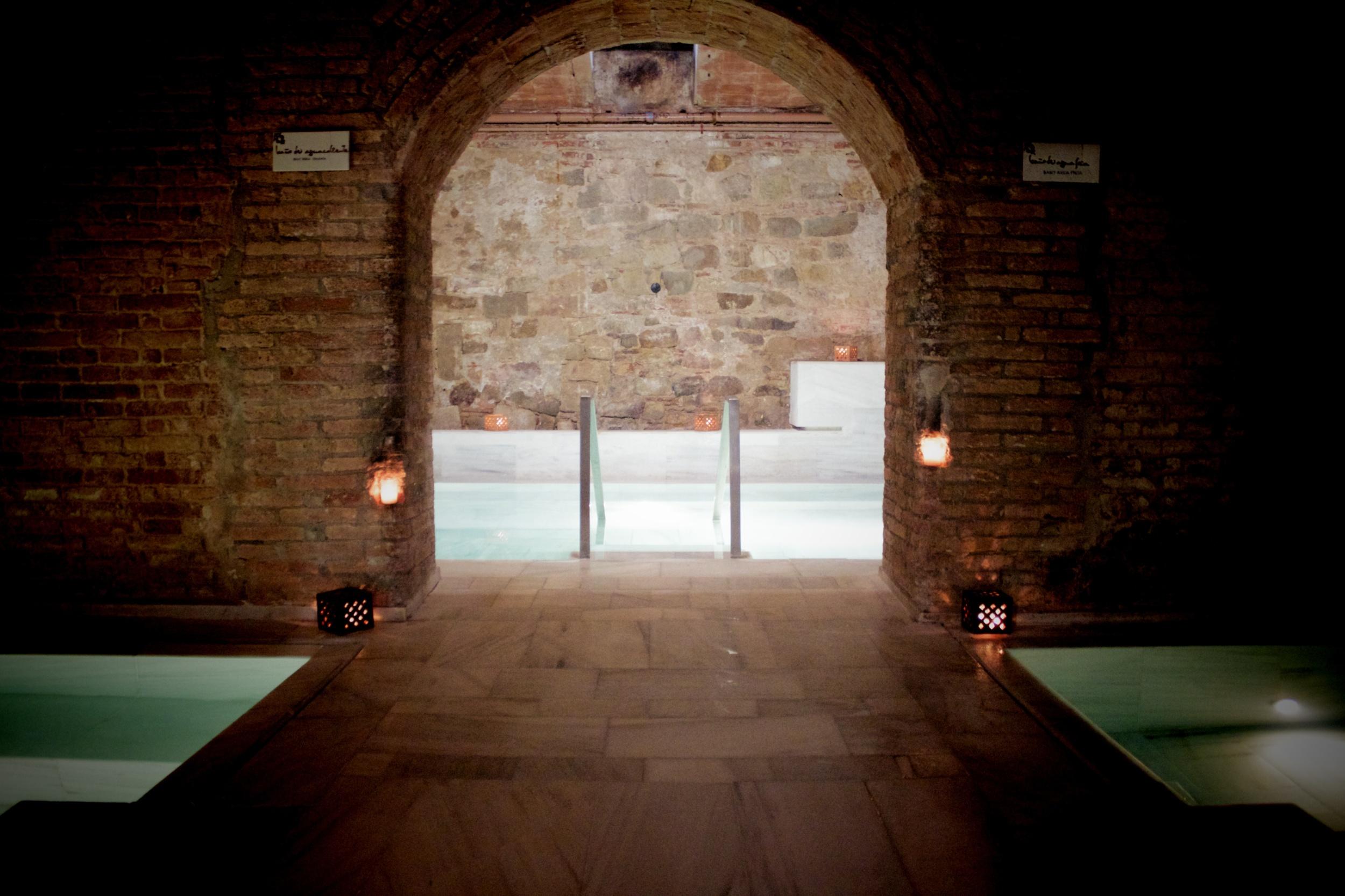 Aire De Barcelona Spain S Best Luxury Spa And Roman Baths Type