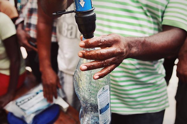 Our filters remove 99.9999% of all contaminants. When cholera is a huge issue in #Haiti these filters save lives. This is from on our training sessions in Aux Cayes this week 💦💧🇭🇹