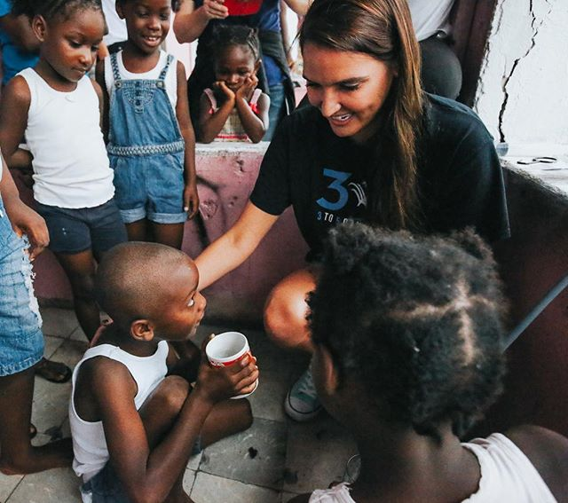 Thank you to all who have supported us on #GivingTuesday 💙1 filter for $60 can provide a family with clean water for 40 years. {To donate click link in bio} #Haiti #Bahamas