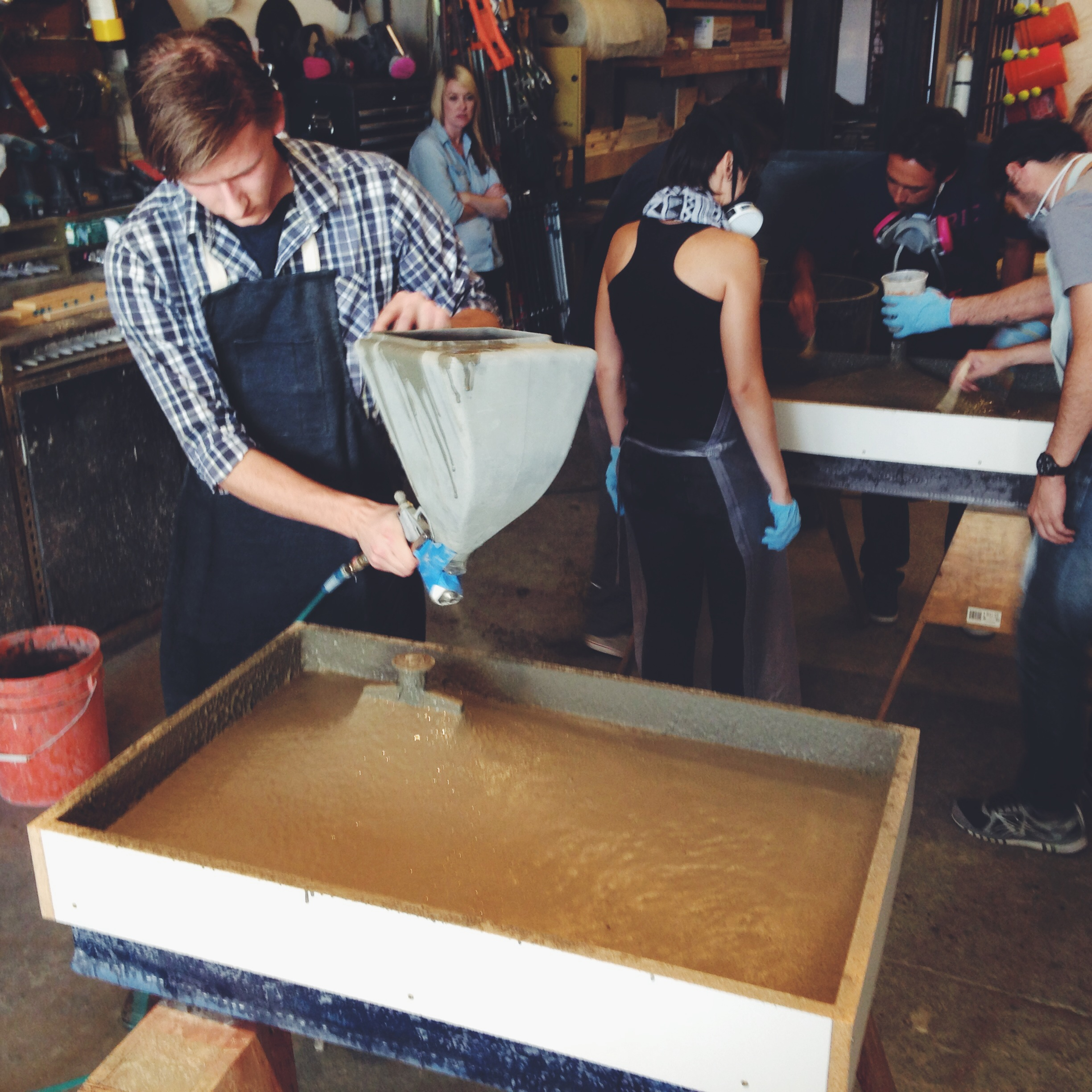 Properly spraying a GFRC face-coat for a concrete sink is tougher than it looks. Learn the correct way to do it from the professionals at Concrete Design School