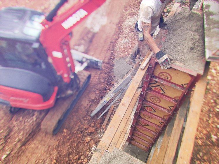 126756a9c The Construction of the Concrete Design School Studio — Concrete ...