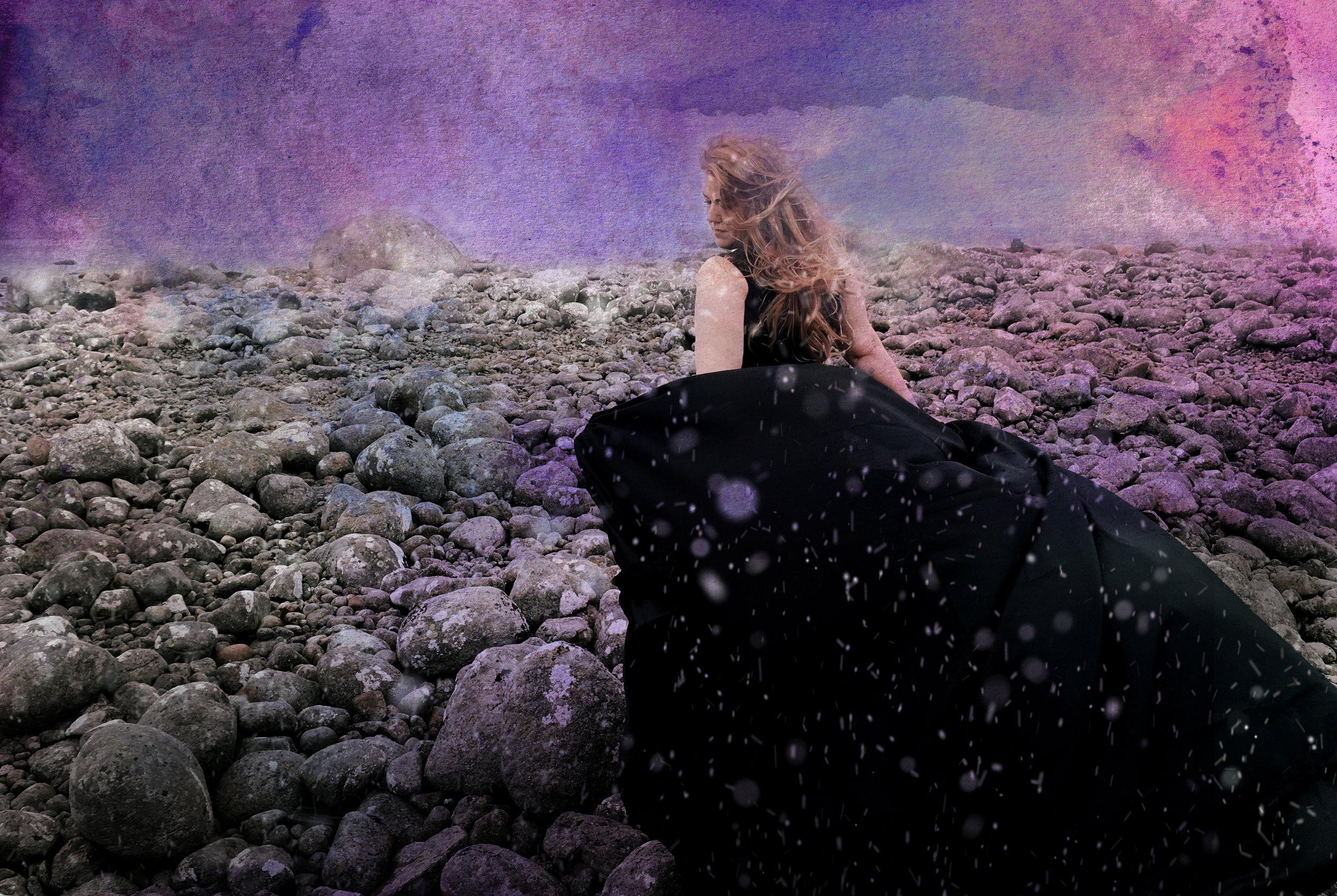 "Hovedbilde for ""Ei Strime lys""  Pressefoto: Foto & styling: Merete Torkildsen / Art direction and illustration:  GNIZT"