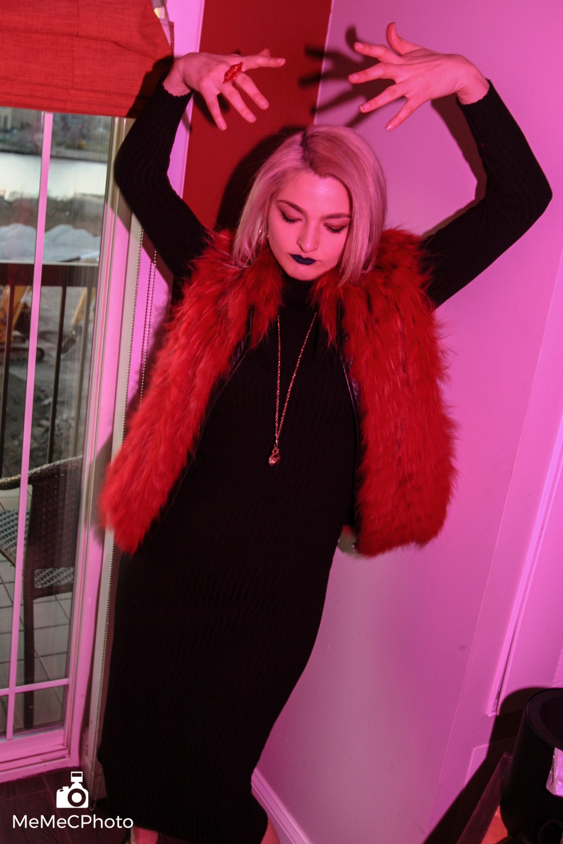 Hot Mess Emily Pink Series - 4-2.jpg