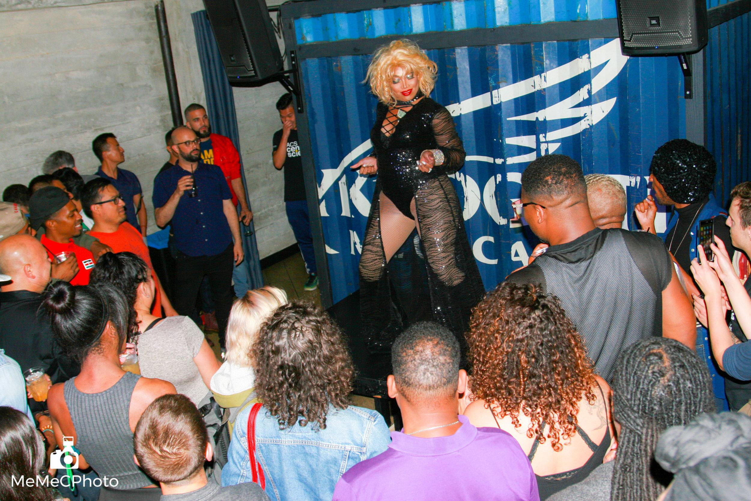 Port Bar Oakland Pride - 6-6.jpg