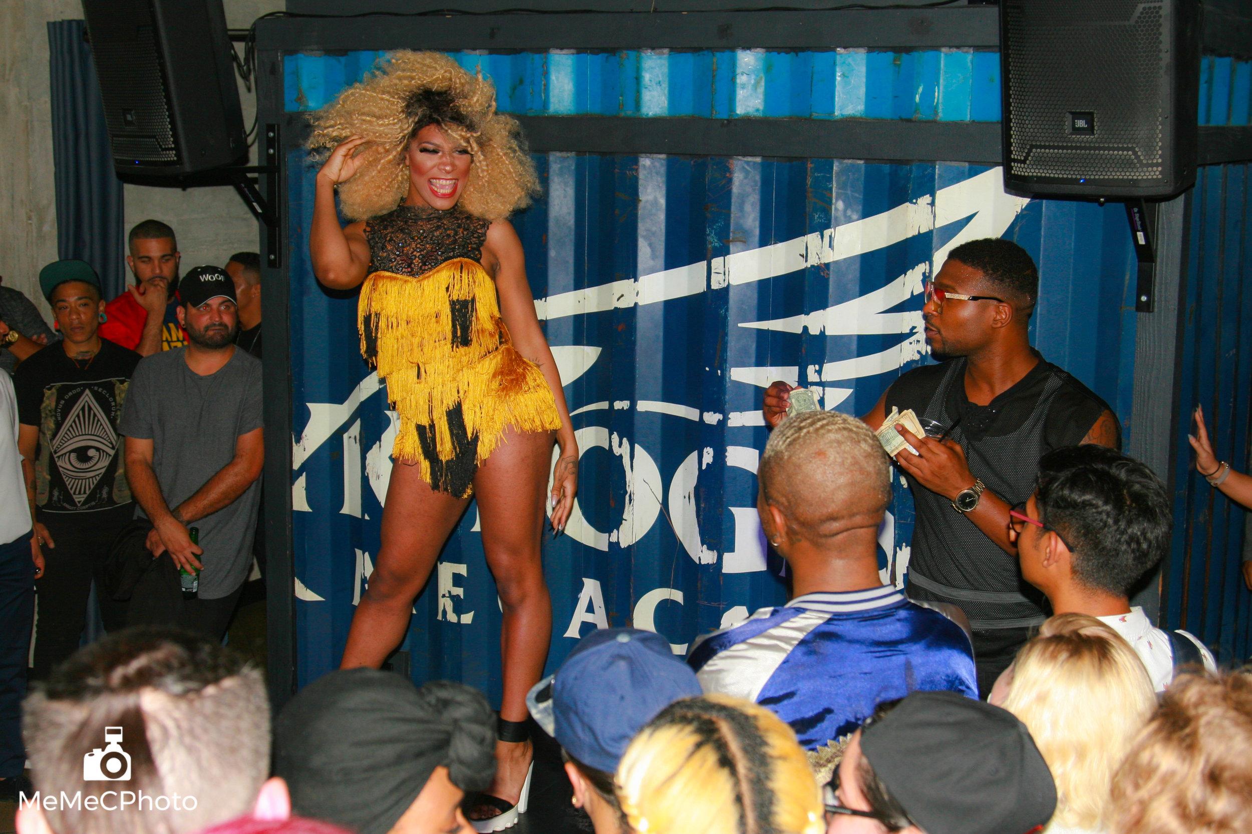 Port Bar Oakland Pride - 23-23.jpg