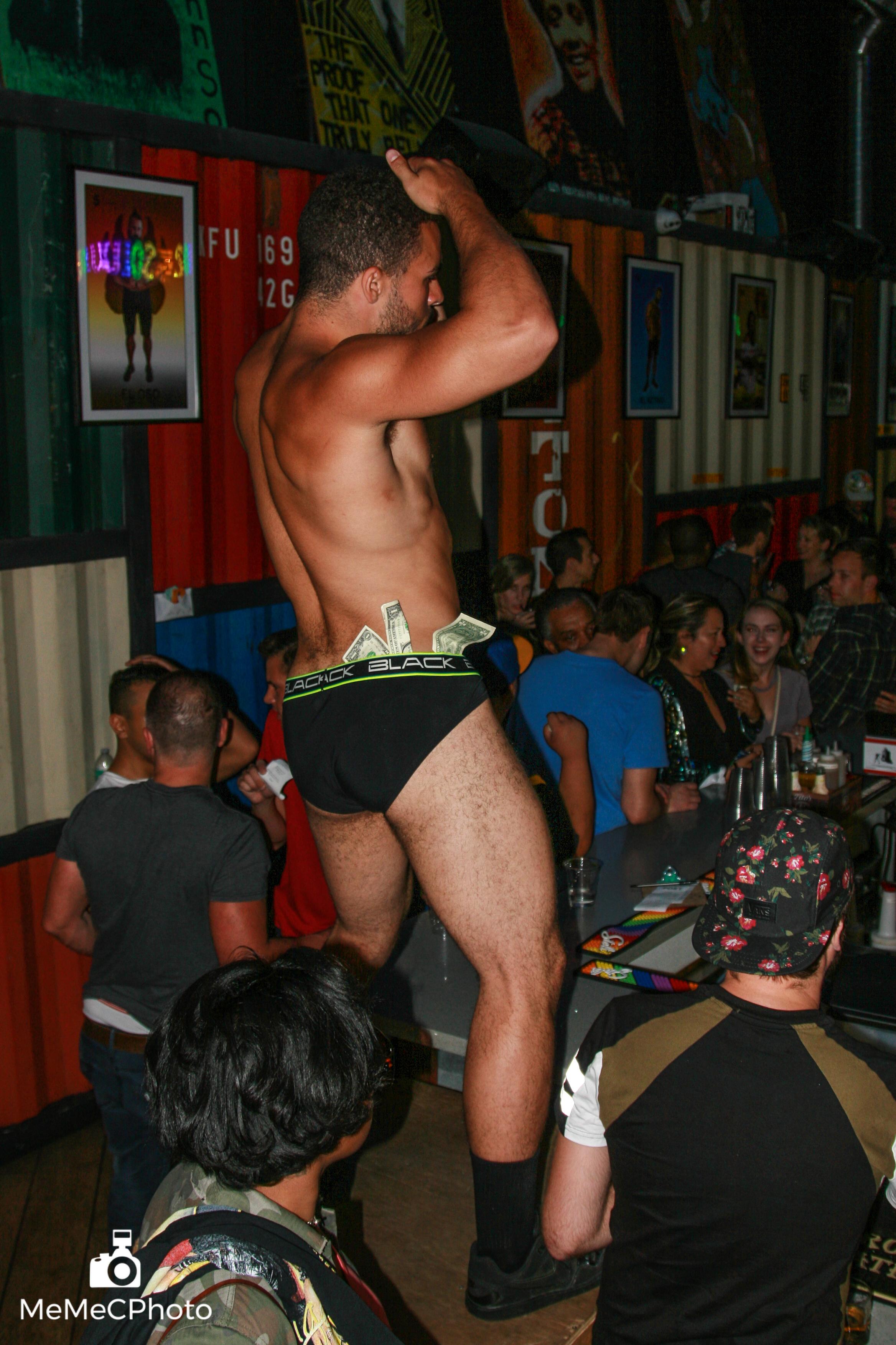 Port Bar Oakland Pride - 73-72.jpg