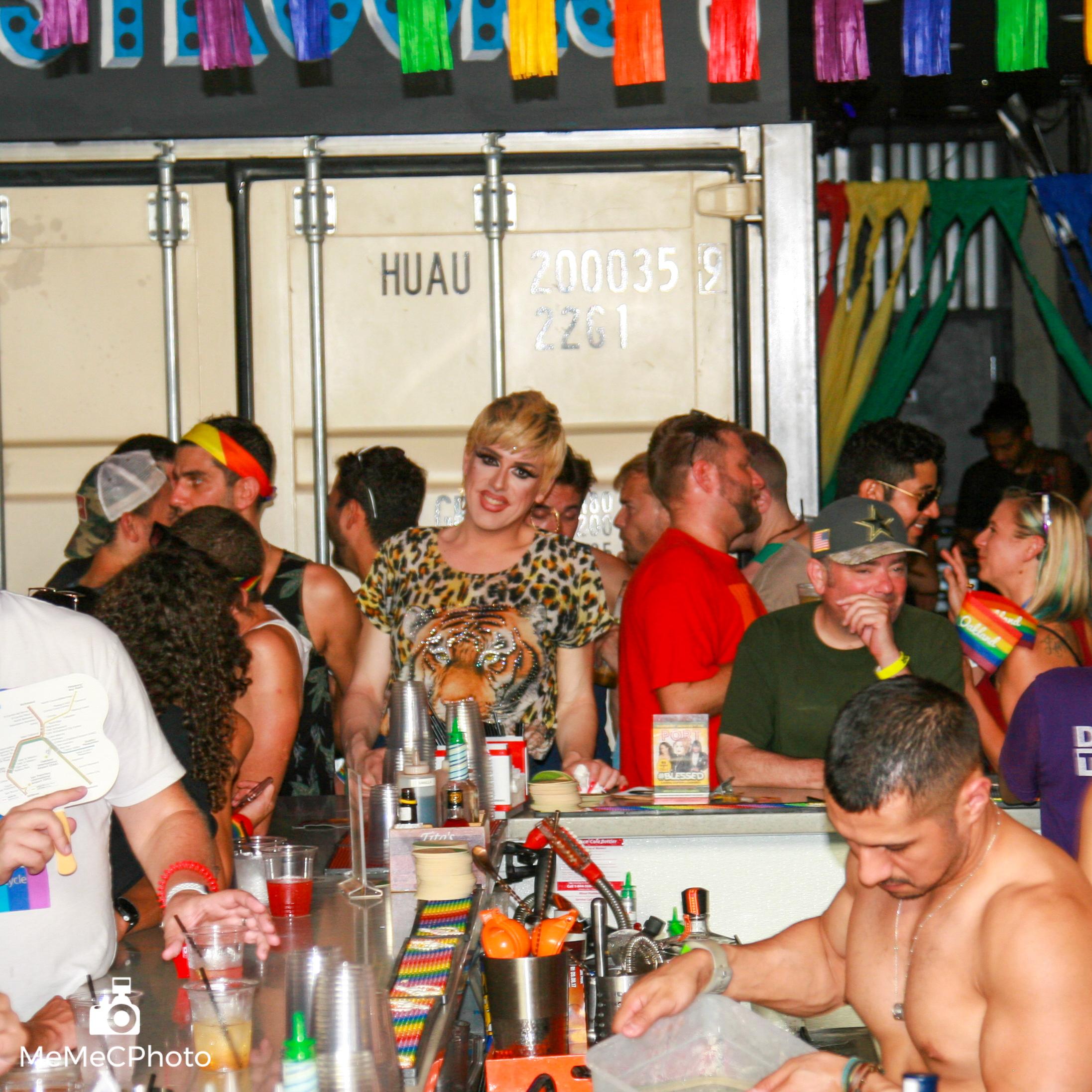 Port Bar Oakland Pride - 157-144.jpg