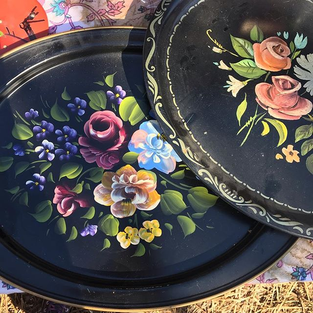 The @uncommonflea is happening this Sunday, February 24th at @uncommonobjects! From 10am to 3pm the backyard of uncommon OBJECTS will be transformed into a dynamic marketplace of all things vintage, found, and made! Great fun and great shopping!