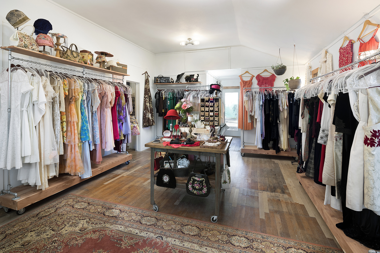 Bloomers and Frocks Vintage Clothing Boutique