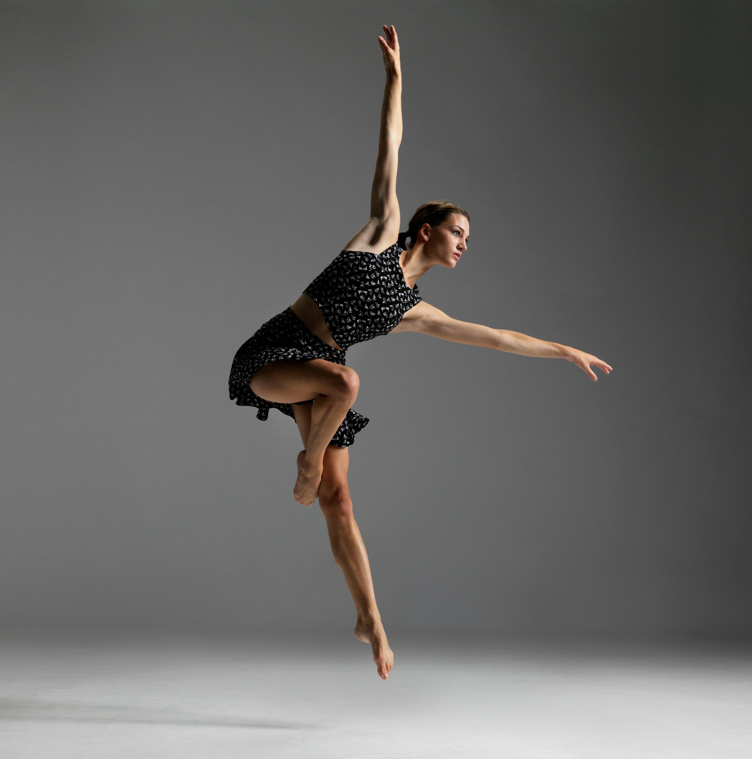 DANCER: SOPHIE BRASSARD   PHOTO: DAVID COOPER