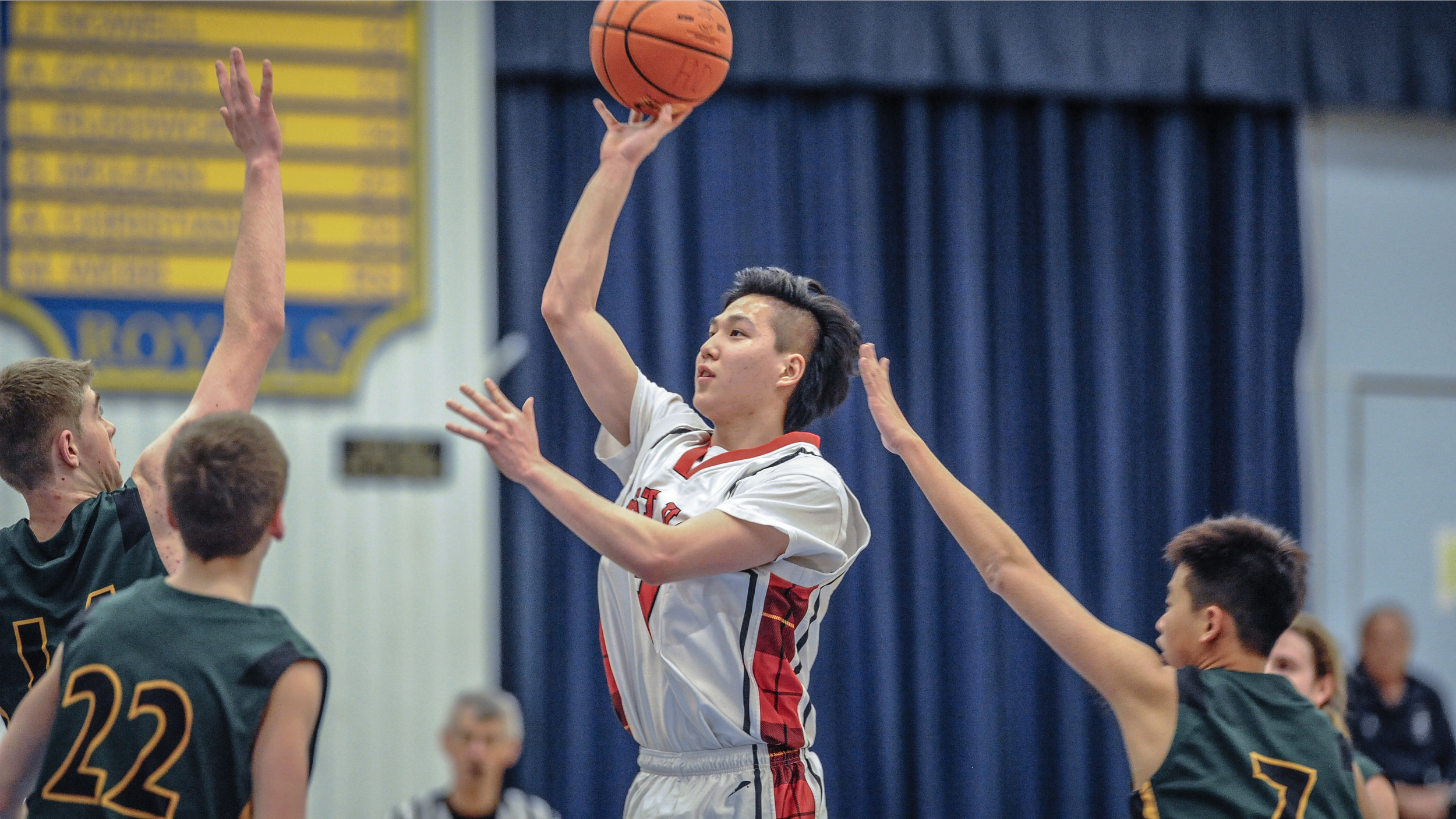 ALEX YOON OF THE WEST VAN HIGHLANDERS ELEVATES AGAINST ARGYLE IN HOWE SOUND PLAYOFF ACTION