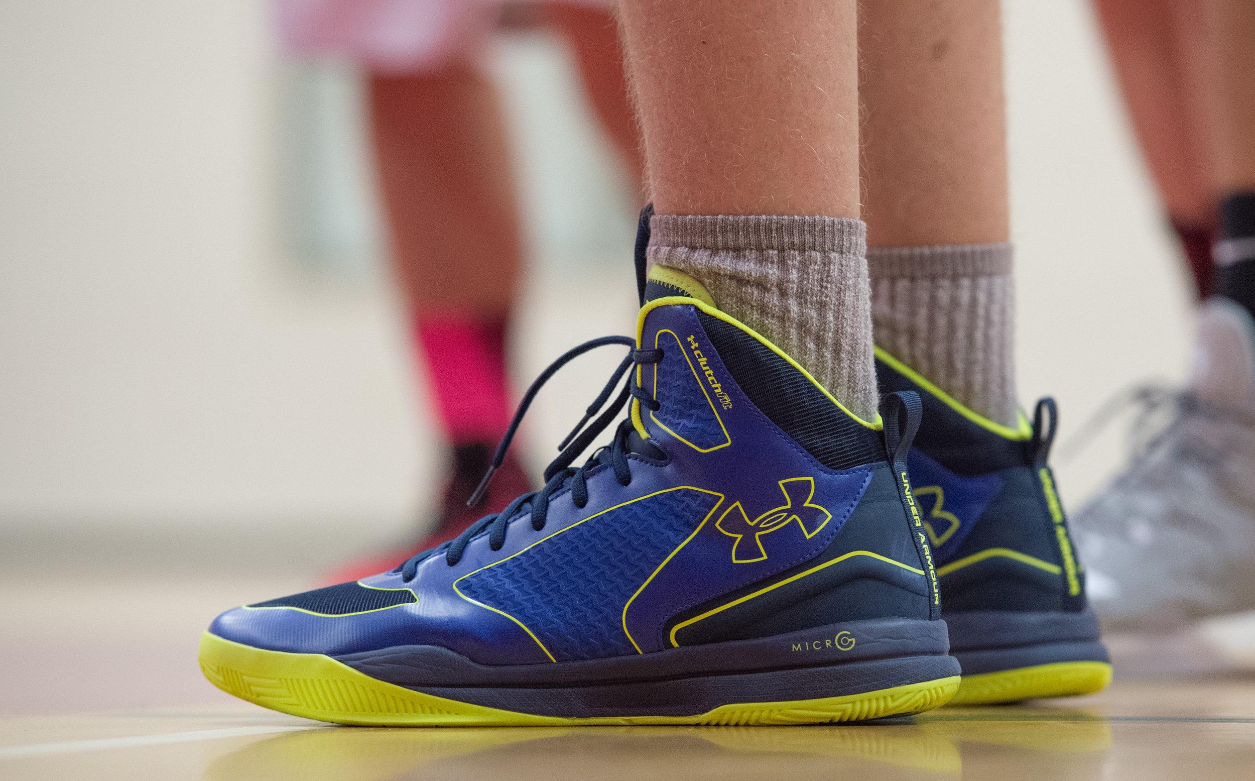 shoe 305.jpg