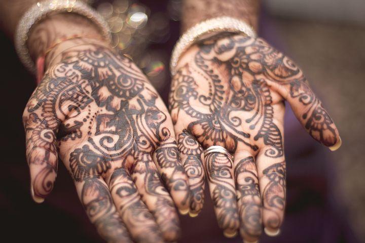 henna-691901__480.jpg