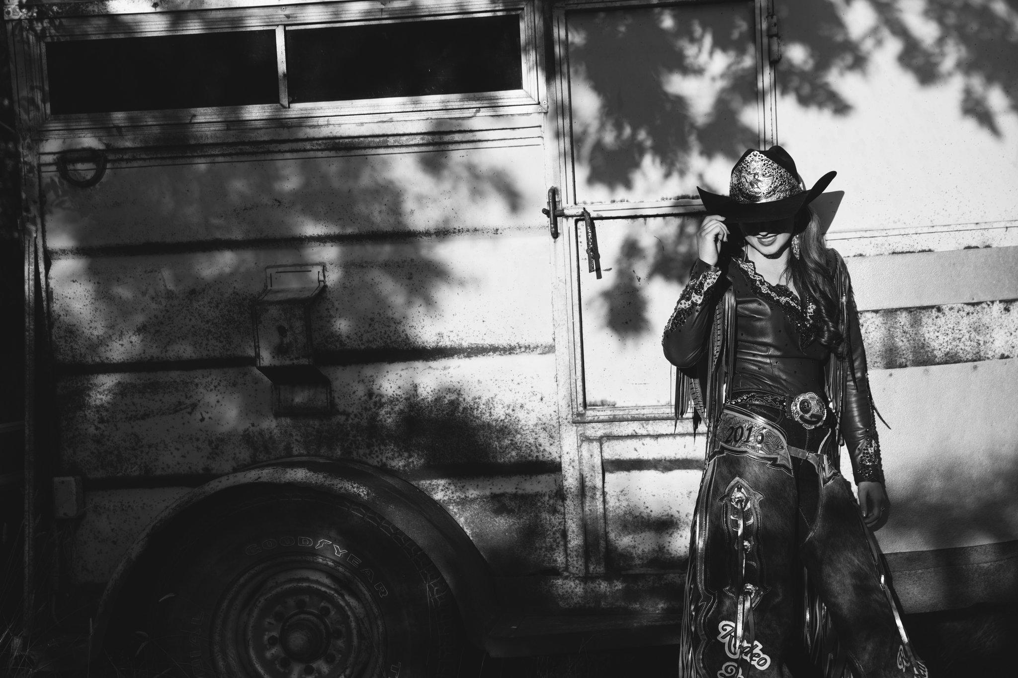 Chasing Autumn Photography, Medicine Hat Photography, Alberta Photographer, Medicine Hat Stampede, Stampede Queen, Brittney Chomistek, Portrait Photography, 2016 Stampede Queen