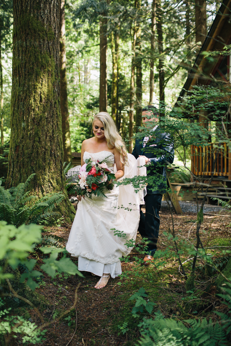 jess-hunter-photography-seattle-mountian-elopement-intimate-wedding-alaska-wedding-22.jpg