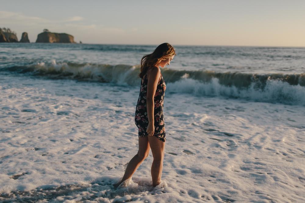 jess-hunter-photography-rialto-beach-washington-portraits-seattle-artistic-portraits-4858.jpg