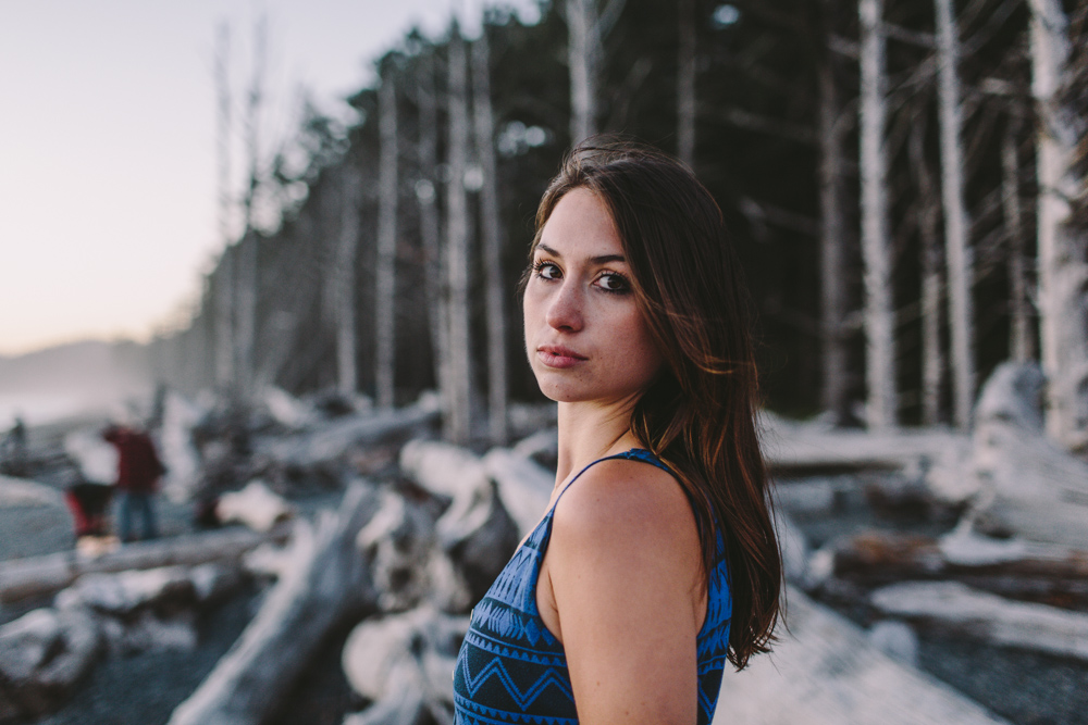 photo by Jess Hunter, Rialto Beach in Washington state, Pacific Northwest portraits, Seattle elopement and wedding photographer, adventure elopement, adventure photography, Seattle portrait photographer, Yakima senior portrait photographer, artisitc wedding photographer in Seattle, washington coast elopement