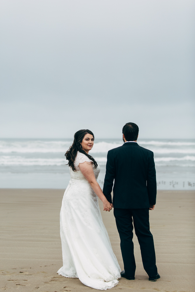 jess-hunter-photographer-cannon-beach-oregon-elopement-8193.jpg