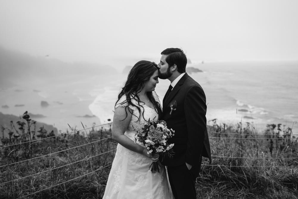 jess-hunter-photographer-cannon-beach-oregon-elopement-8268.jpg