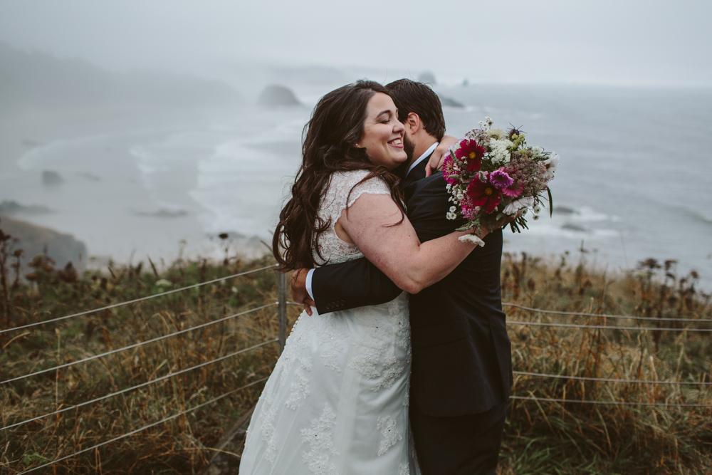 jess-hunter-photographer-cannon-beach-oregon-elopement-8278.jpg