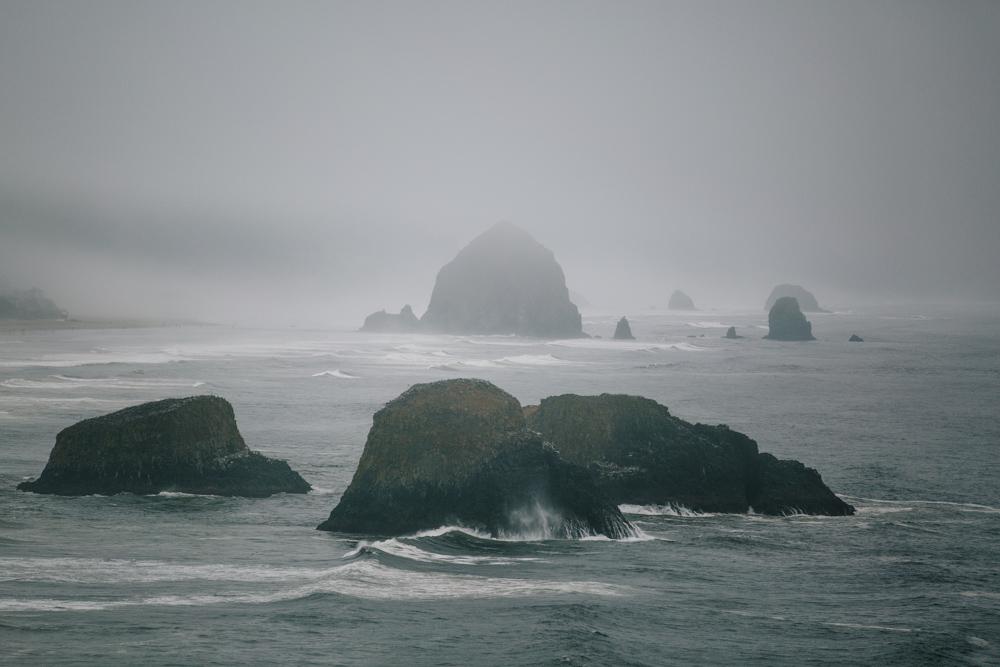 jess-hunter-photographer-cannon-beach-oregon-elopement-8324.jpg