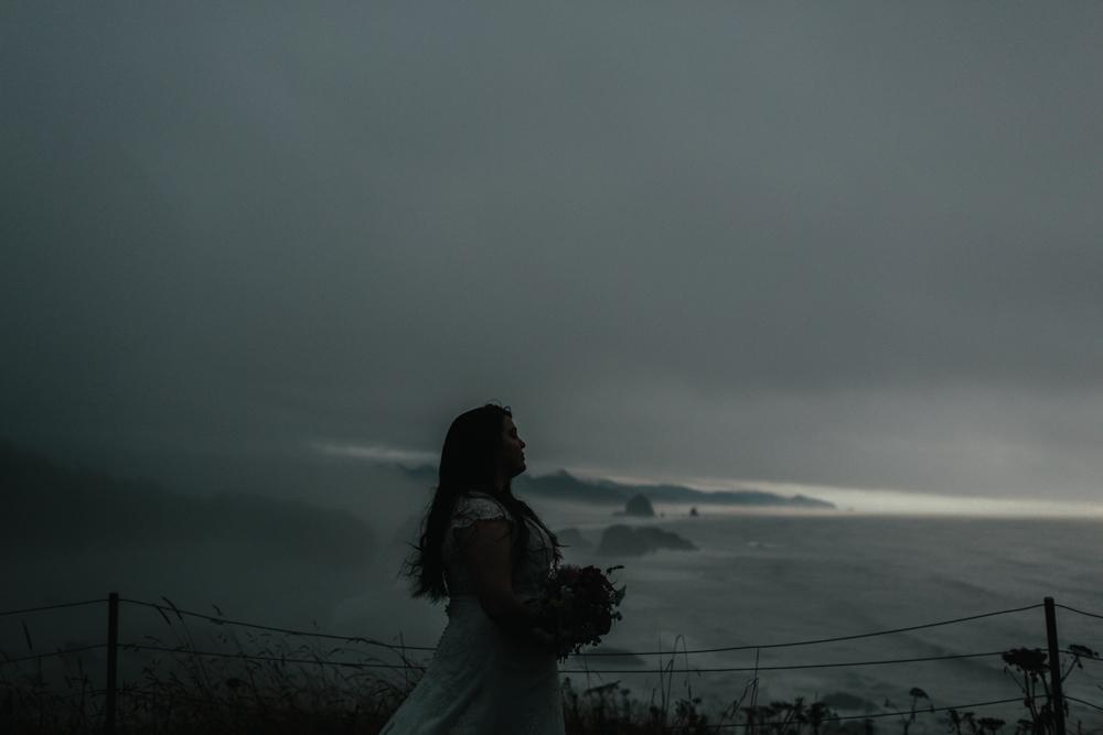 jess-hunter-photographer-cannon-beach-oregon-elopement-8848.jpg