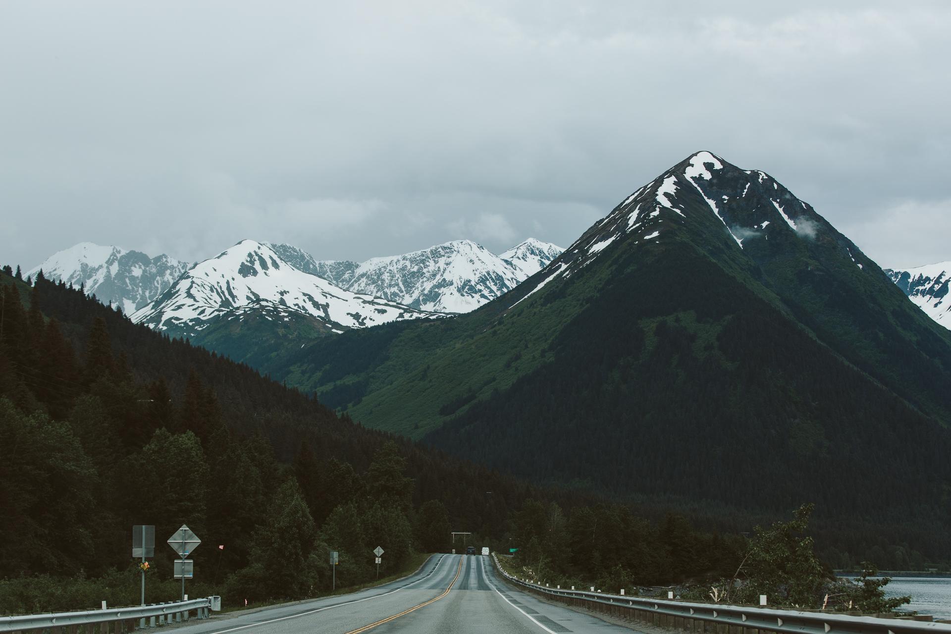 jess-hunter-photographer-alaska-destination-elopement-5771.jpg