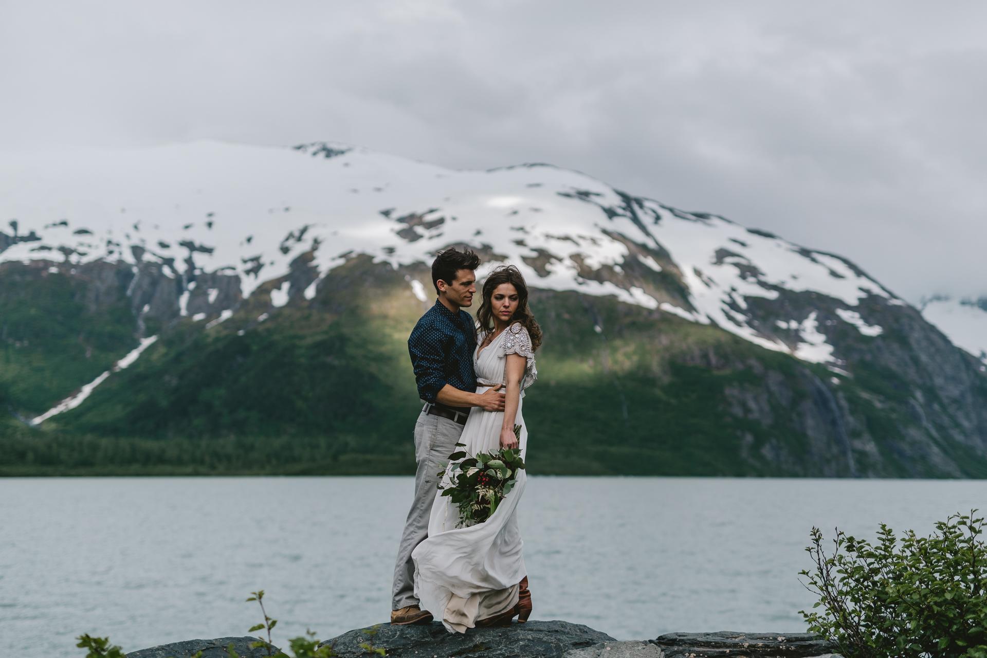 jess-hunter-photographer-alaska-destination-elopement-5870.jpg