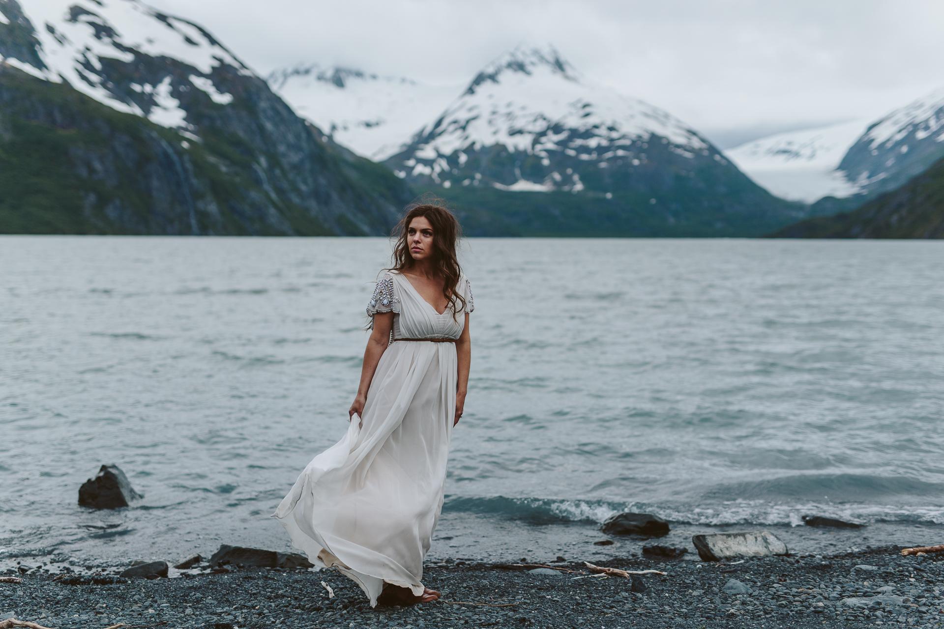jess-hunter-photographer-alaska-destination-elopement-6035.jpg
