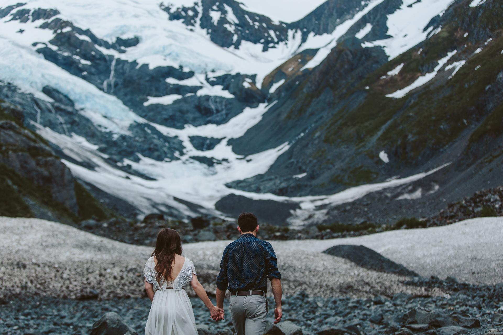 jess-hunter-photographer-alaska-destination-elopement-6143.jpg